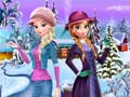 Игра Elsa and Anna Winter Dress Up